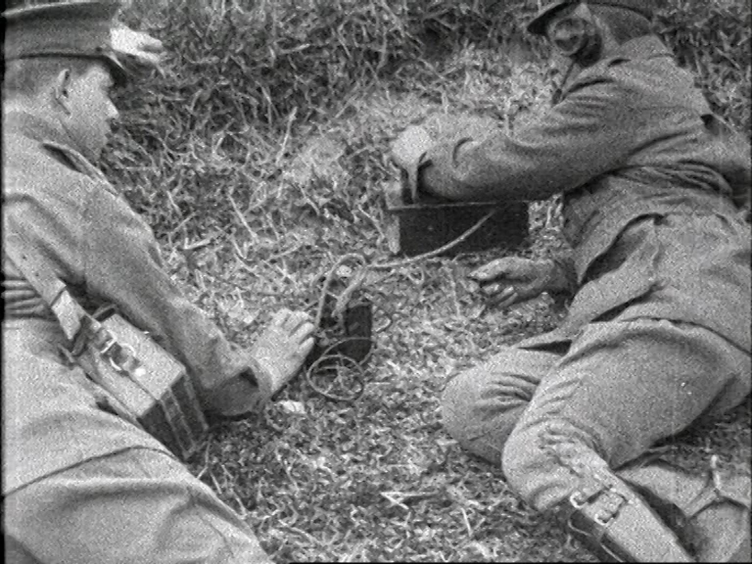 Soldiers rehearse a raid on enemry trenches